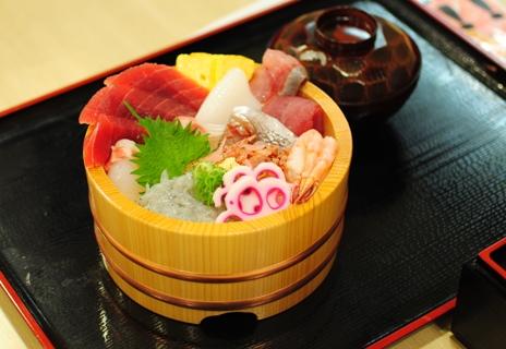 魚がし「お茶とお寿司」